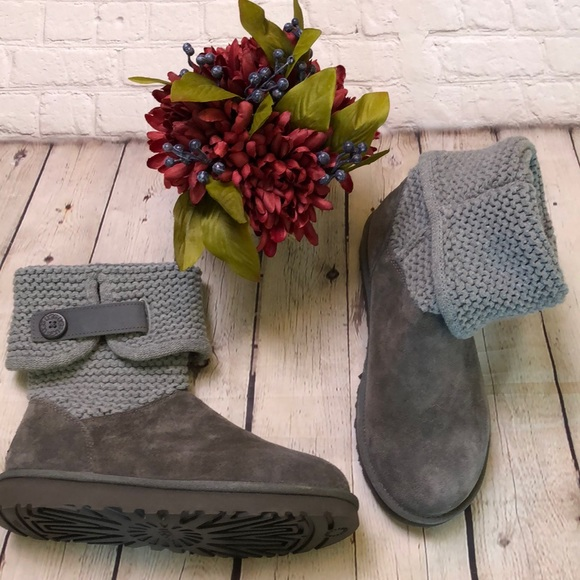 4f774195126 Ugg Shaina Gray Boots #1012534 NEW never worn